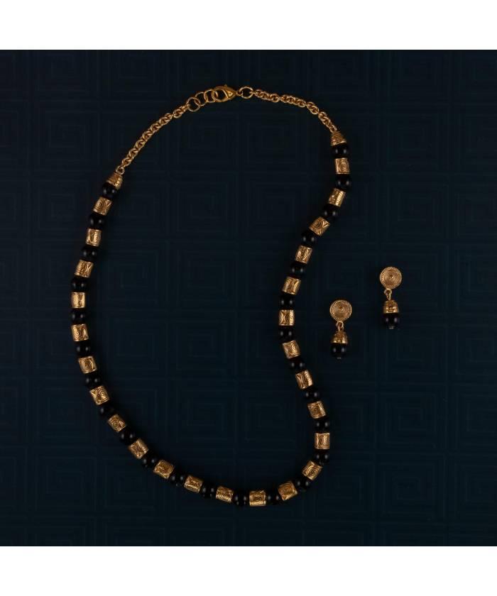 G2+E2 Conjunto de collar y pendientes precolombinos Filigrana y Ónix baño de oro 24K
